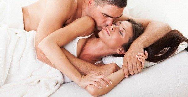udovolstvie-devushkam-ot-analnogo-seksa
