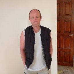 олег, 47 лет, Мокроус