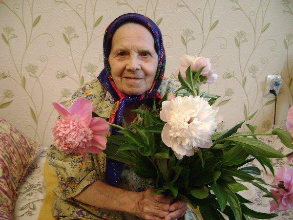 Фото: День рождение моей любимой мамочки - ей всего лишь 91 год!!! Здоровья ей крепкого!!! 23 мая 2013 года. - Екатерина, Николаев