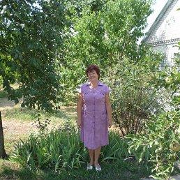 Галина, 66 лет, Верхнеднепровск