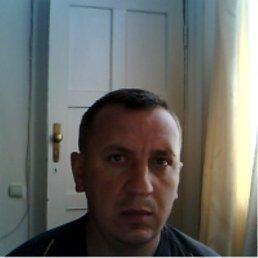 олег, 47 лет, Жидачов