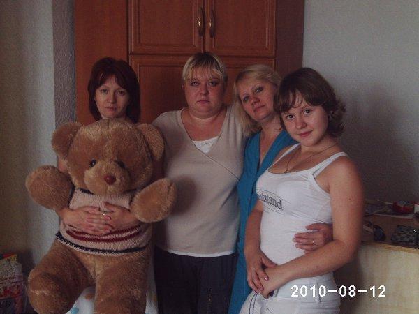 Фото - Моя семья: : СЁСТРЫ - Елена Голикова, 41 год, Скрытенбург