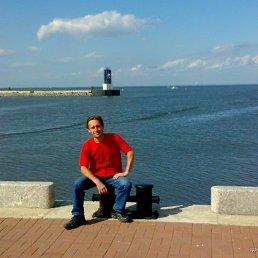 Дмитрий, 47 лет, Гостомель