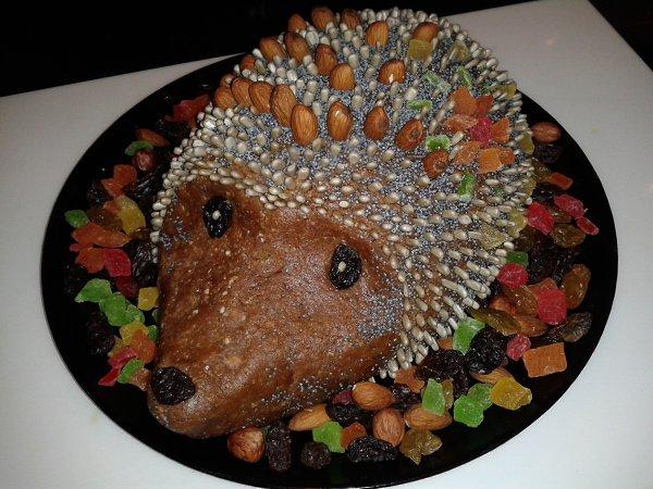 Рецепты с фото: Новогодний тортик (ёжик) сделанный своими руками, чтобы порадовать сыночка!!! - Людмила, 32 года, Жуковский