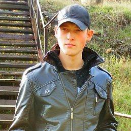 Артём, 29 лет, Бакал