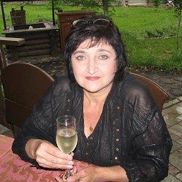 Виктория, 63 года, Ясиноватая