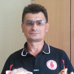 валерий, 53 года, Курган