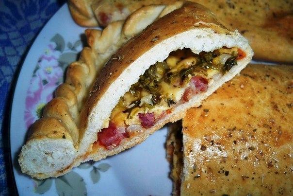 Закрытая пицца рецепт с фото с колбасой