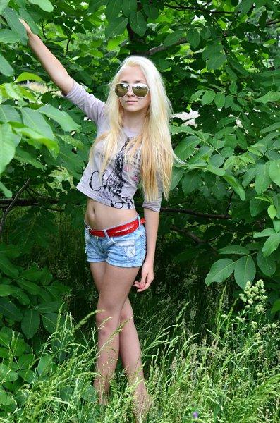 знакомства в москве 18 лет