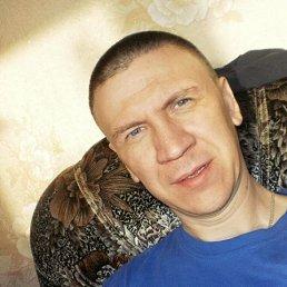 Игорь, 45 лет, Новогорный