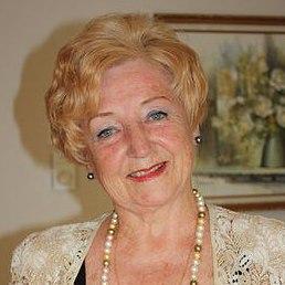 Julia, Торонто, 80 лет