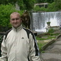 денис, 45 лет, Камбарка