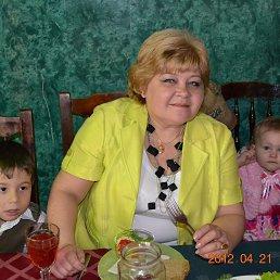 людмила, 58 лет, Остров