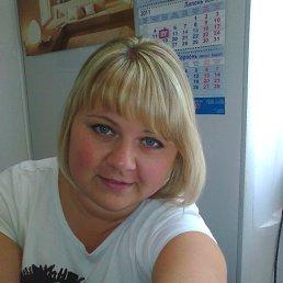 Юлия, 39 лет, Новогродовка