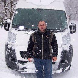Владимир, Москва, 53 года