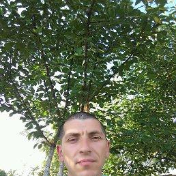 Виктор, 39 лет, Бурштын