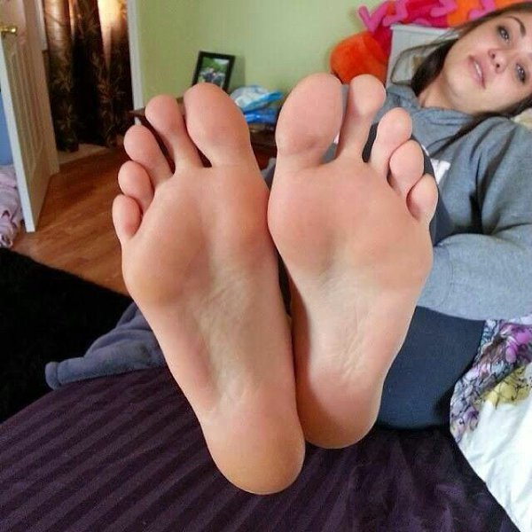 Sexy young teen feet, angela attison fullhd