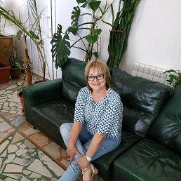 Лариса, 60 лет, Бежецк