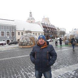 Дмитрий, 53 года, Дно