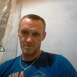 Валера, 42 года, Сланцы