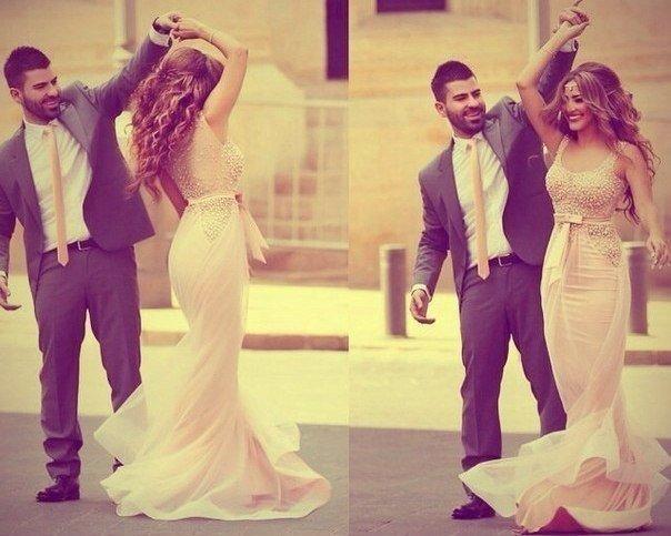 Любая девушка становится шикарной, когда с ней мужчина, который умеет зажечь ее глаза и украсить ее ...