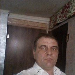 Алексей, 48 лет, Крутиха