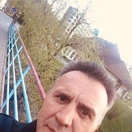 Анатолий, 55 лет, Майма
