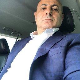 Арутюн, 54 года, Москва