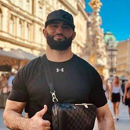 Адлан, Российский, 31 год