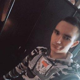 Фото Олег, Ельня, 19 лет - добавлено 29 марта 2020