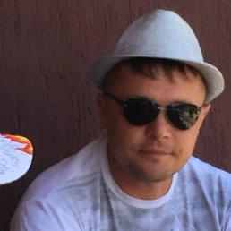 Олег, 41 год, Солнечнодольск