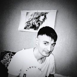 Олег, 32 года, Орел