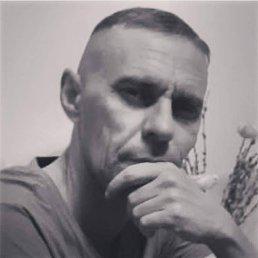 Анатолий, 45 лет, Троицк