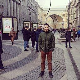 Манойлов, Москва, 30 лет