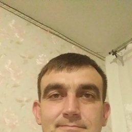 Иван, 37 лет, Старощербиновская