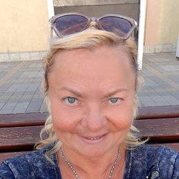 Елена, 60 лет, Адлер