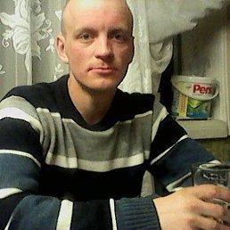 Олег, 28 лет, Омск