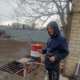 Иван, 37 лет, Михайловск