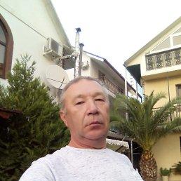 Анатоль, Майма, 54 года