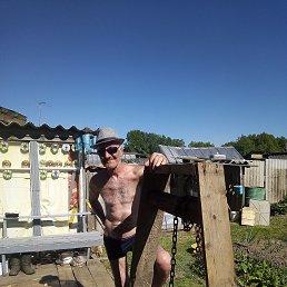Олег, 56 лет, Пермь