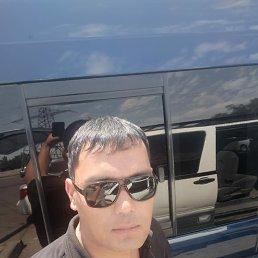 Руслан, 33 года, Омск