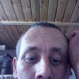 Денис, 33 года, Казань