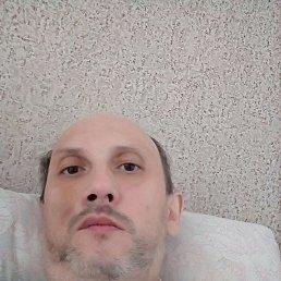 Олег, 39 лет, Омск