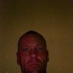 Олег, 42 года, Казань