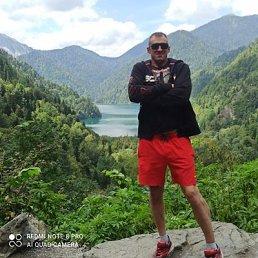 Иван, 36 лет, Санкт-Петербург