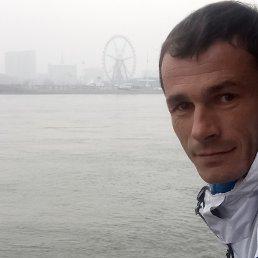 valera, 37 лет, Свободный